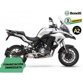 BENELLI TRK 502 2020 CON MALETAS BLANCO ORP