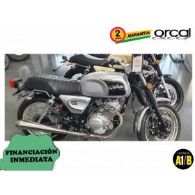 Moto Orcal Astor 125 plata unidad de exposición ORP